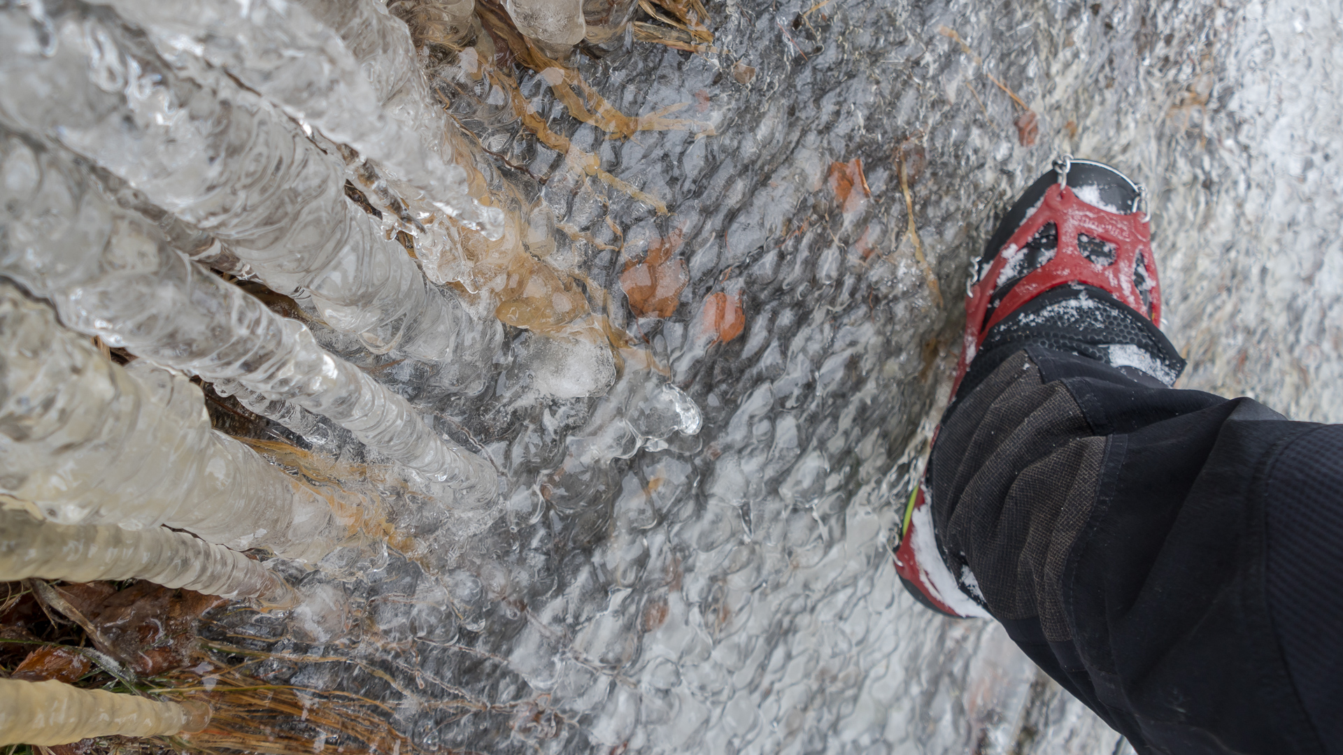 Klettersteig Grade : Bizarre eiswelt am stuibenfall klettersteige